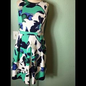 Vince Camuto floral dress size 8
